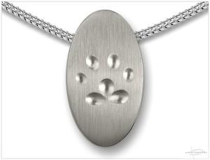 Zilveren ashanger met pootafdruk