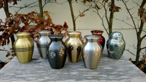 Metalen mini urn