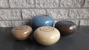 Urn bolvorm seizoenskleuren